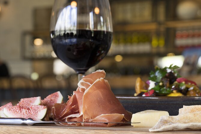 Progressive Lunch & Wine Tasting Tour of the Southern Highlands