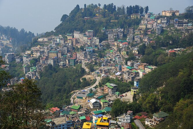 Best of Gangtok (Guided Halfday Sightseeing Tour by Car)