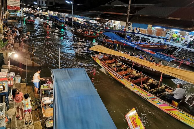Private Tour in Amphawa Floating Market with Driver