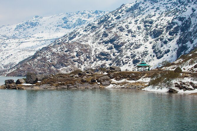 Day Trip to Tsongmo Lake (Guided Private Sightseeing Tour from Gangtok)