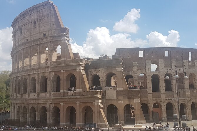 Colosseum Underground & Ancient Rome - Special Skip the line Private Tour