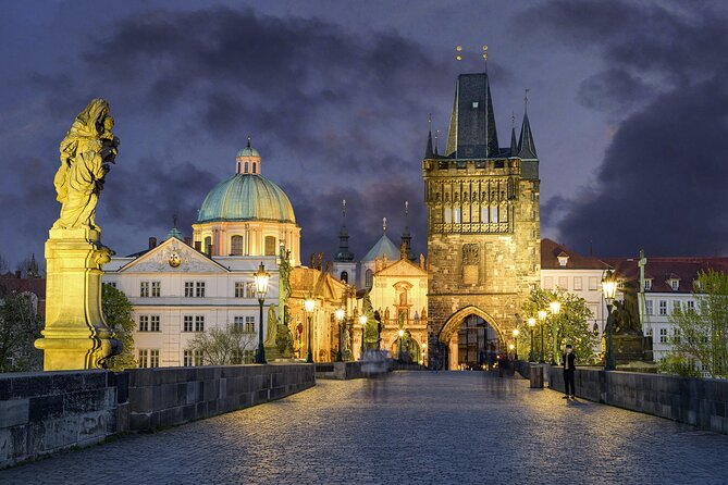 The romantic side of Prague (Fall in love again) - Private tour with a local