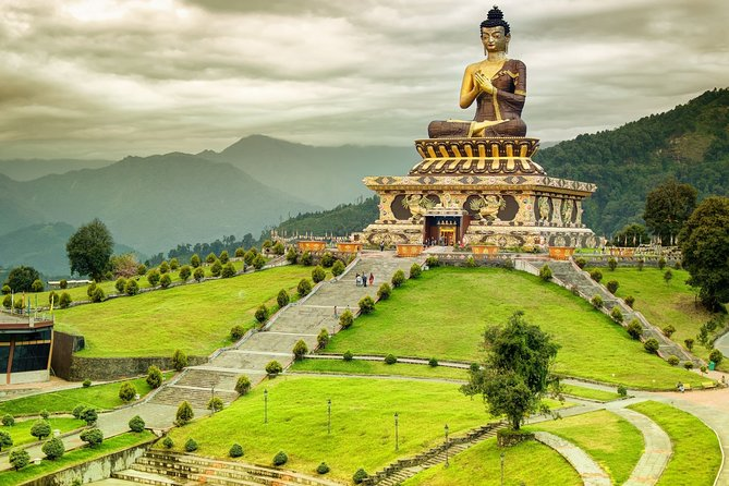 Day Trip to Buddha Park (Guided Private Sightseeing Tour from Gangtok)