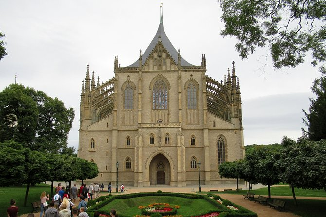 Private Day Trip to Kutna Hora from Prague with a local