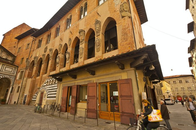 Pistoia Private Walking Tour with a Local Guide