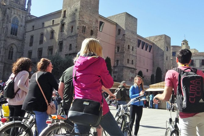 Private Photo E-Bike Tour Best of Modernism and Mediterranean Barcelona