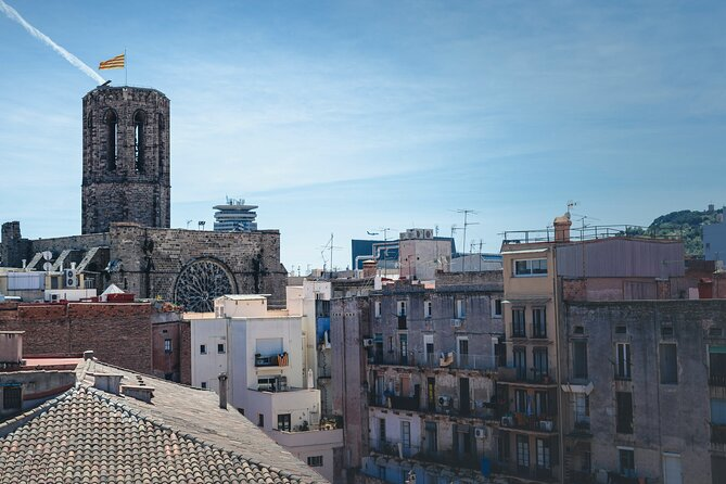 Discover Barcelona's Street Art in the Gothic Quarter with a Local