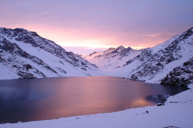 Portillo & Laguna del Inca Private Tour from Santiago