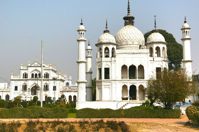 Heritage & Cultural Walk of Lucknow (2 Hours Guided Walking Tour)