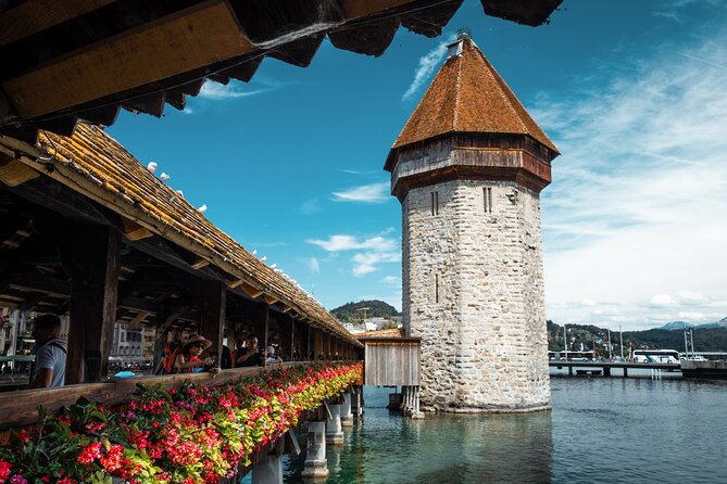 Private tour of the best of Lucerne - Sightseeing, Food & Culture with a local