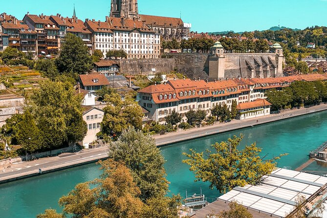 Private tour of the best of Bern - Sightseeing, Food & Culture with a local