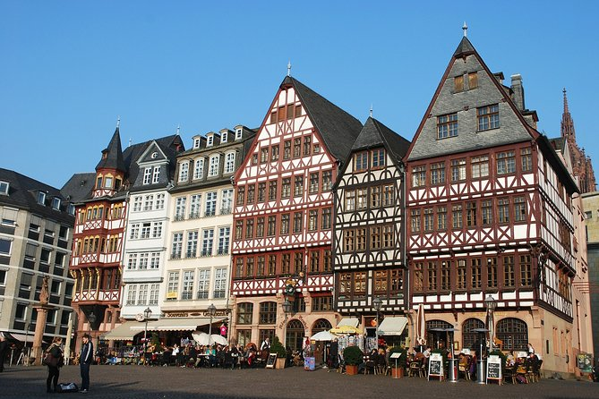 Private tour of the best of Frankfurt - Sightseeing, Food & Culture with a local