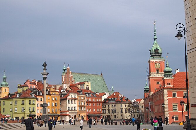 Layover in Warsaw a Private Tour with a local: Best Highlights of Warsaw