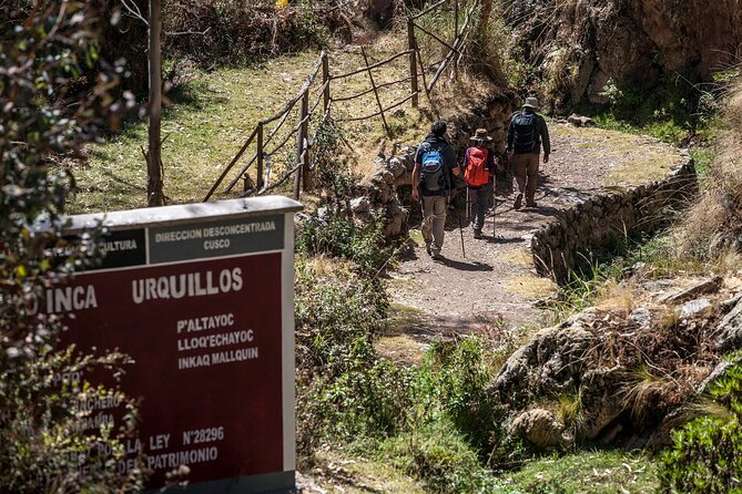 Full day hike to Chinchero, Urquillos and Huayllabamba - private