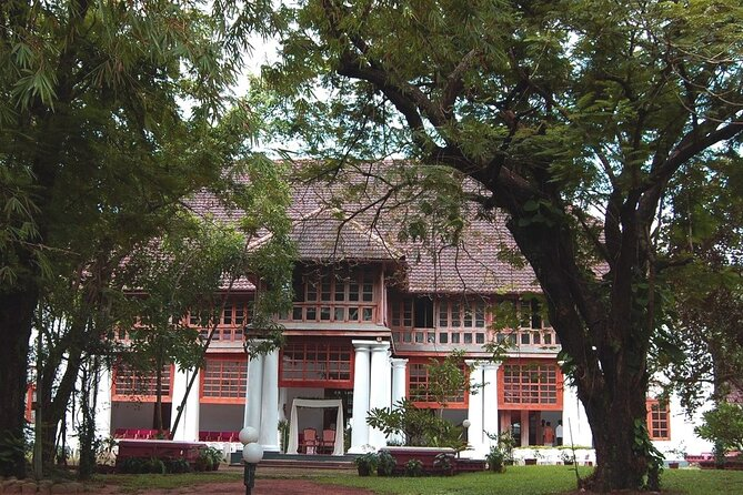 Highlights of the Kochi (Guided Half Day City Tour)