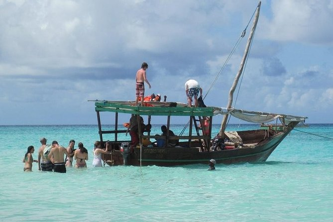 Dhow Cruise to Mnemba Island for Snorkeling - Full Day
