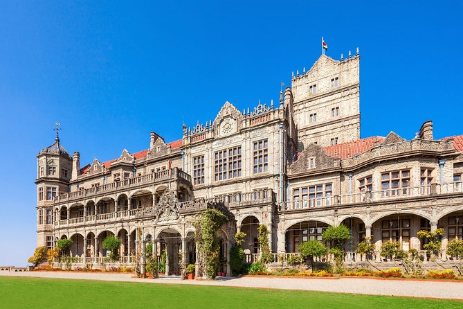 Experience the Best of Shimla with a local - Private 4 Hrs Tour in AC Car