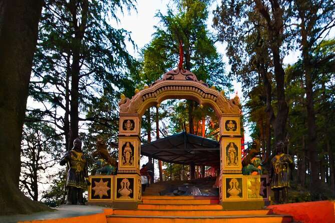 Best of Shimla (Guided Halfday Sightseeing Tour by Car)