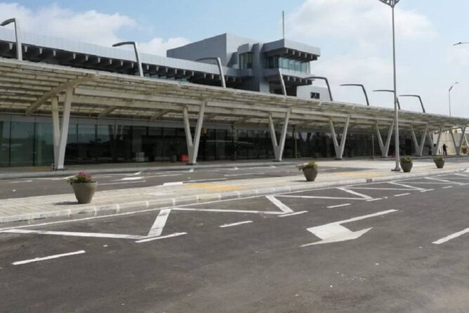 Private airport pick up Barranquilla to Puerto Colombia