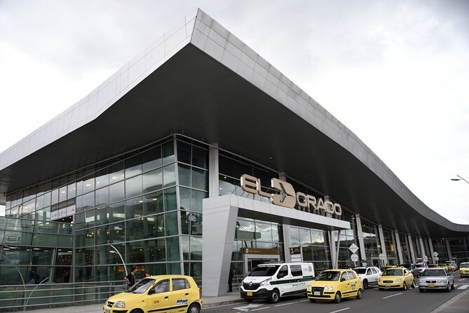 Private Bogota Airport transfer to your Hotel