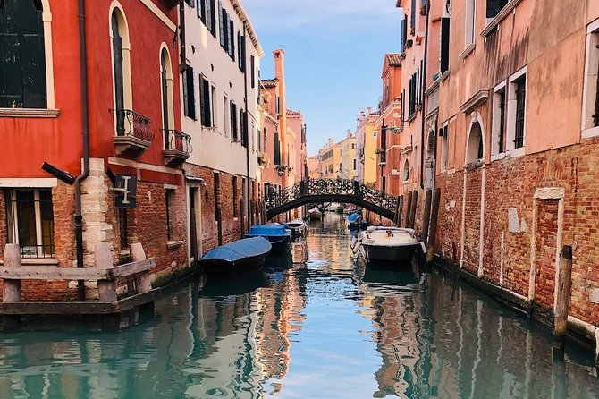 Guided and Private Walking Tour of Venice Minor