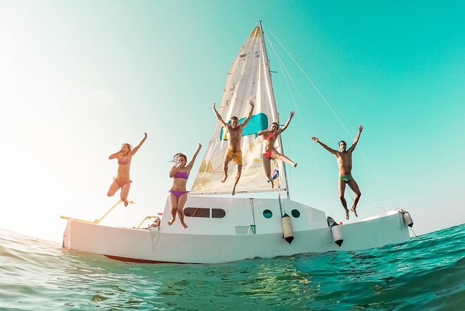Catamaran ride to Isla Mujeres with snorkel, open bar and lunch from Cancun