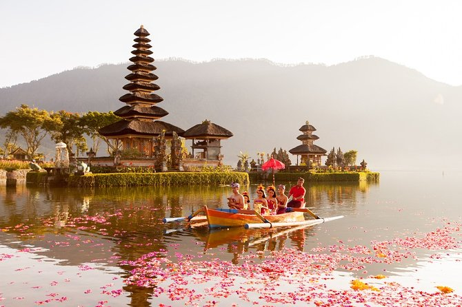 Private Day Tour to Northern Bali Highland with Tanah Lot Temple