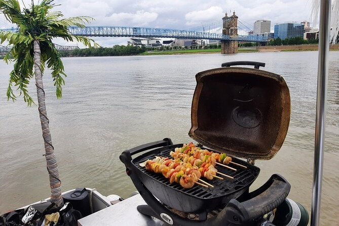 Private 3 Hour Grillout Cruise on the Ohio River