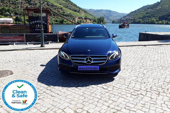 Porto to/from Lisbon Private Transfer With Custom Stops (1-4 pax) Business Car
