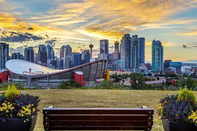 Calgary Airport Transfers: Calgary City to Calgary Airport YYC in Luxury SUV