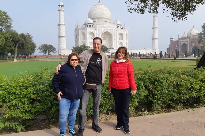 Agra Full Day Tour from Delhi - All Inclusive