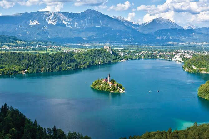 Full-Day Private Sightseeing Tour of Bled and Bohinj Lakes