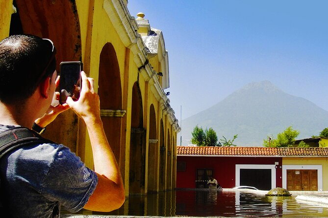 Private Tour: Antigua Guatemala & Textile Experience
