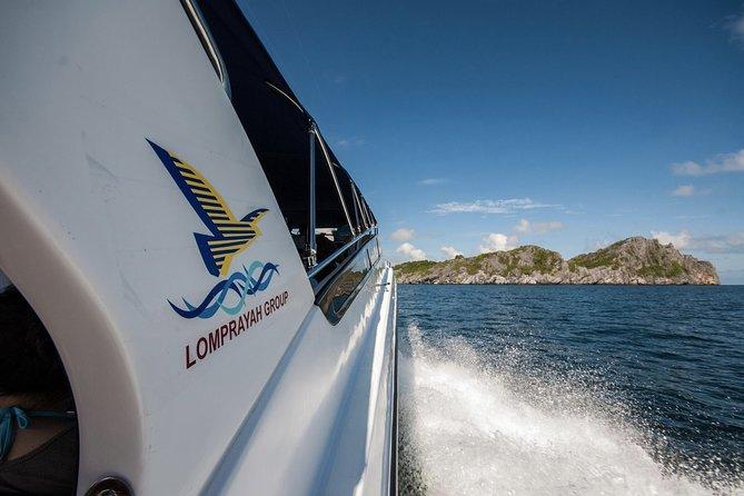 Speedboat cruise through the Gulf of Thailand