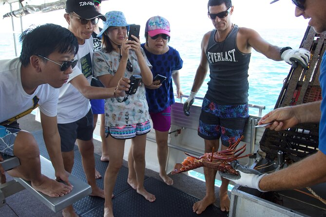 Rock lobster Pot Pull Tour in Kalbarri