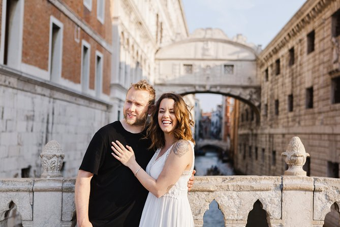 Romantic Photoshoot in Venice
