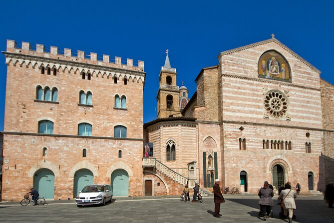 Foligno and the frescoes of Palazzo Trinci, a masterpiece of the Middle Ages – Private Tour