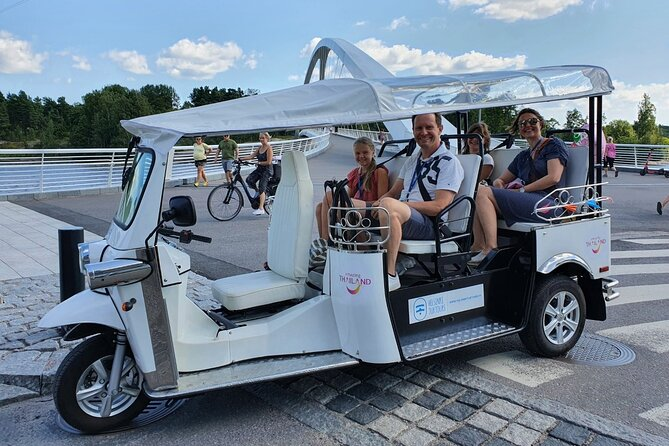 2-Hour Guided Tuk Tuk Tour in Helsinki