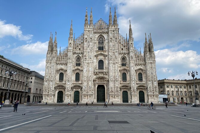 Amazing and secret Milan digital quiz tour. Discover the city and have fun!