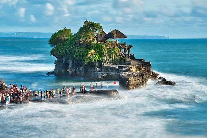 Panoramic 13h sightseeing with Bedugul & Tanah Lot Sunset