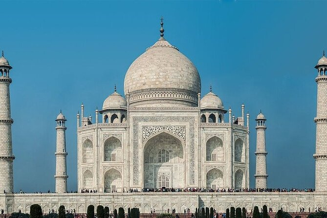 2 day trip to Agra from Bangalore with air tickets