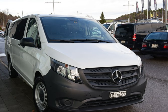 Private Arrival Transfer: from Geneva Airport to Veysonnaz