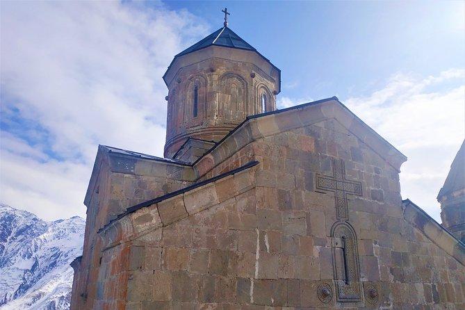 Private Tour to Kazbegi from Tbilisi (Ananuri, Gudauri, Gergeti, Dariali, Sno)