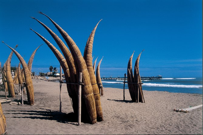 Tour to Dragón Temple, Chan Chan archaeological site and Huanchaco beach-Private