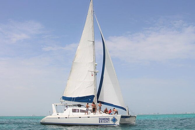 Full-Day Luxurious Catamaran Adventure - Cancún to Isla Mujeres