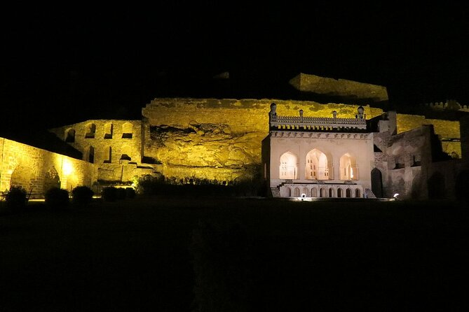 Golconda Fort Sound & Light Show With Dinner - Hyderabad
