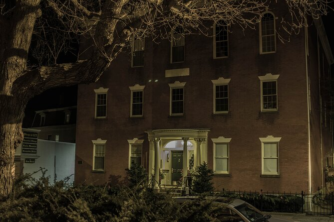 Salem Night-Time Guided Ghost Walking Tour