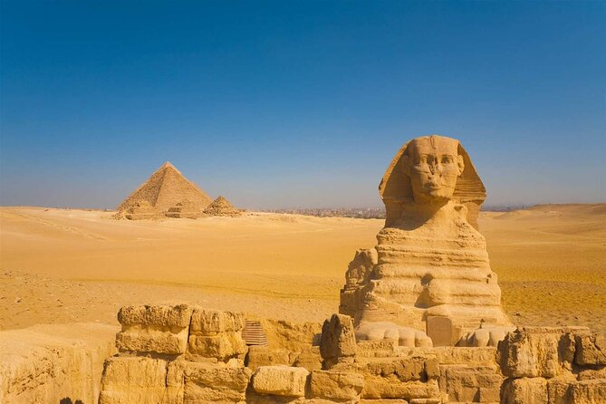 Full Day Pyramids of Giza & Sphinx & the Egyptian Museum With Lunch & Guide