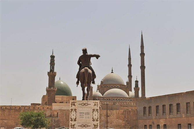Cairo Private Tour Egyptian Museum & The Citadel, Bazaar & Lunch and Egyptlogist