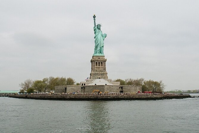 Skip-the-Line Statue of Liberty, Ellis Island, and Battery Park